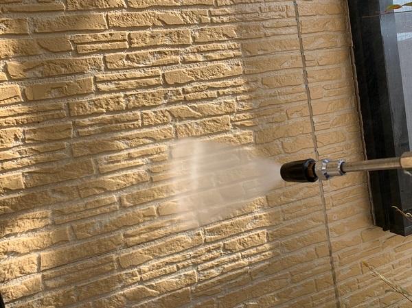 神奈川県伊勢原市 外壁塗装 屋根塗装 下地処理 高圧洗浄 (1)