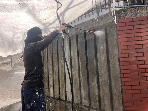 神奈川県秦野市 外壁塗装 防水工事 雨樋補修 下地処理 高圧洗浄 (2)