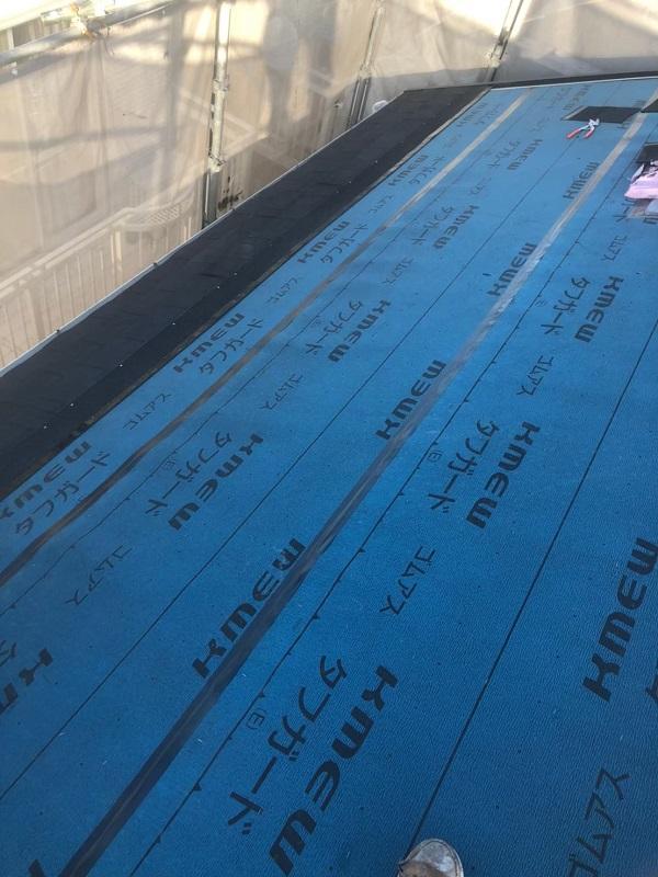 神奈川県伊勢原市 屋根葺き替え工事 外壁塗装 付帯部塗装 野地板 ルーフィング 屋根材取り付け (1)