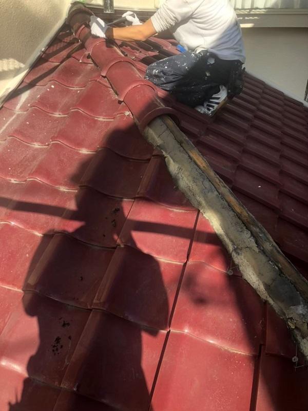 神奈川県伊勢原市 屋根葺き替え工事 外壁塗装 付帯部塗装 瓦屋根撤去 (1)