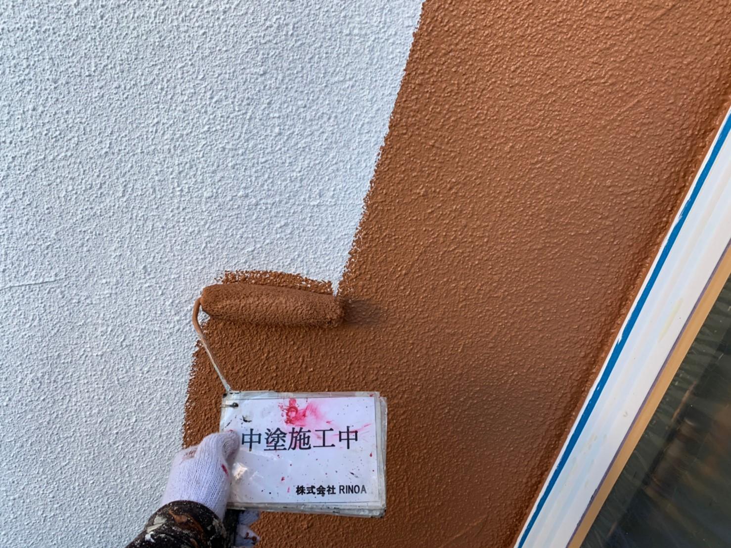 神奈川県秦野市外壁塗装 中塗りの画像