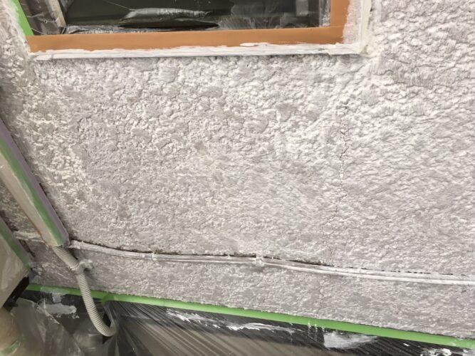 劣化した外壁塗装の画像