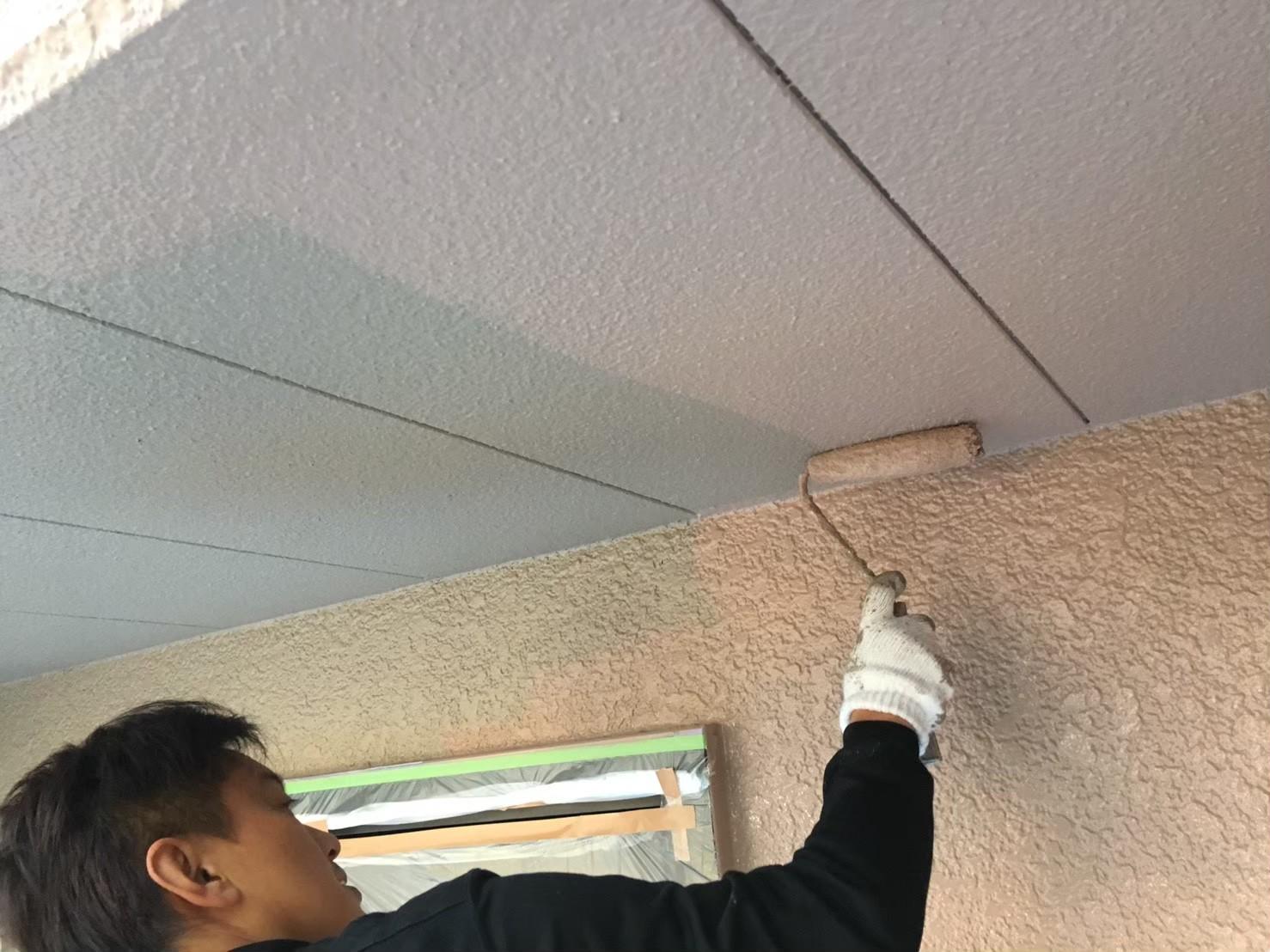 軒天井の塗装の画像
